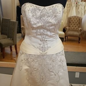 Beautifully detailed Haute Couture wedding gown